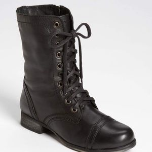 Steve Madden Troopa Lace up Boots 7.5